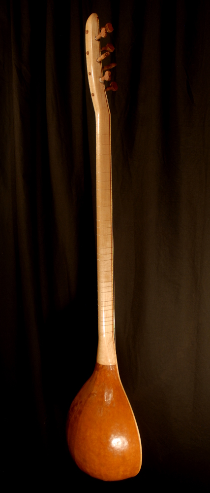 front view of the body of michael mccarten's gourd body baglama saz /></a>